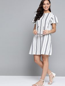 Mast & Harbour Women White & Navy Blue Striped